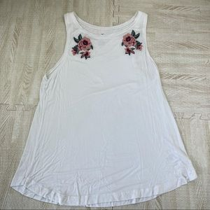 AEO Soft & Sexy White Floral Rose Tank Top XL